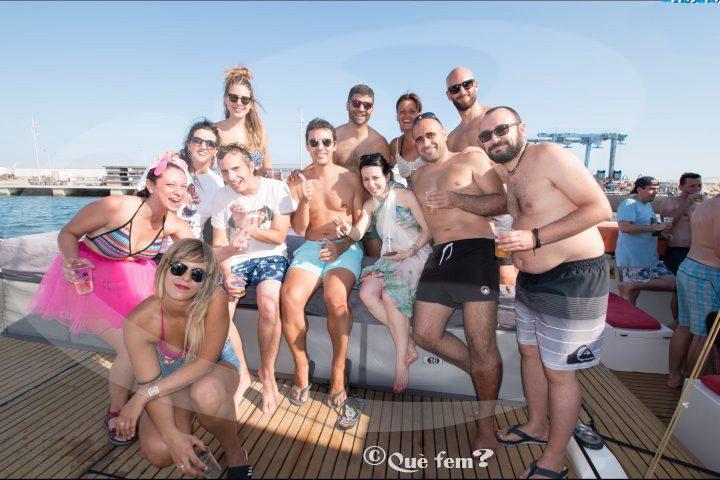 Fiesta en Barco Catamaran Cambrils Salou